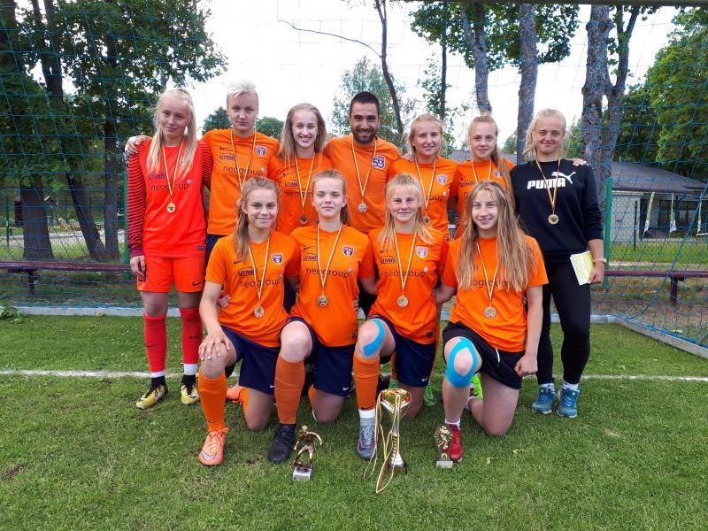 Lietuvos jaunių merginų futbolo 8x8 čempionato finalinės varžybos.